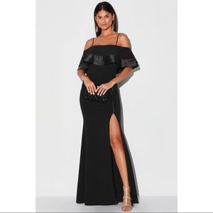 NEW Lulu's Black Off Shoulder Formal Dress Gown